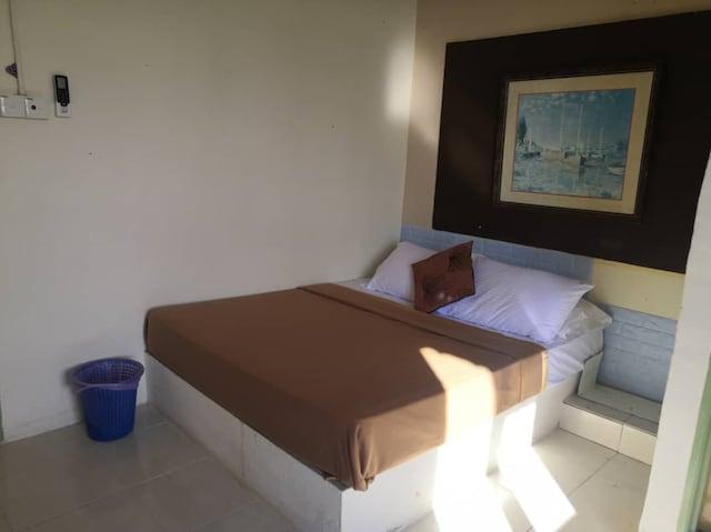 OYO 90131 Zayyan Hotel
