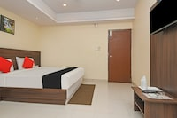 Capital O 76622 Hotel Raama Grand