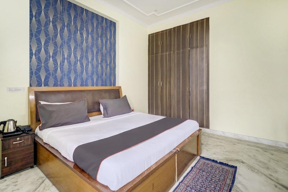 Collection O 76635 Royal Rosewood, Noida City, Noida