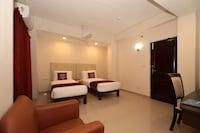 OYO Flagship 76636 Capital Hotel