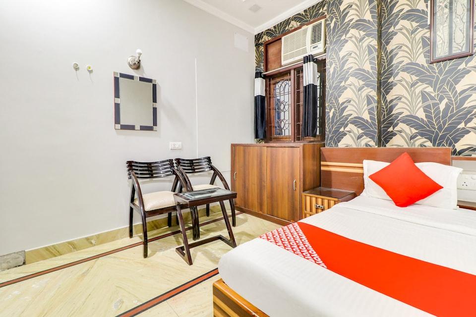 OYO 76647 Hotel Raka Inn