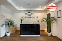 OYO Townhouse 76656 Gautam Residency