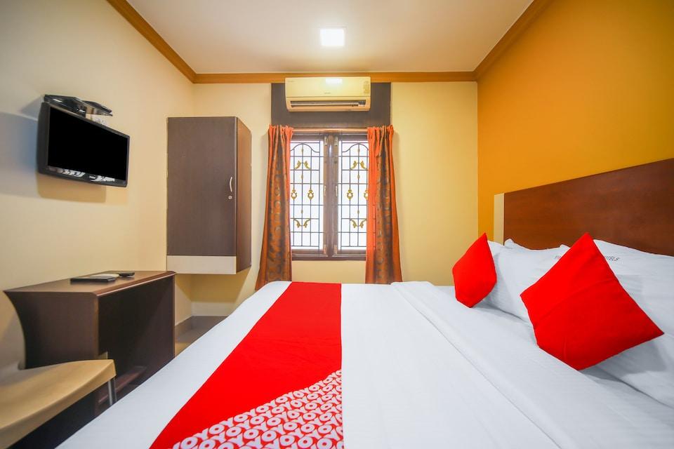 OYO 76696 Skyry Hotels