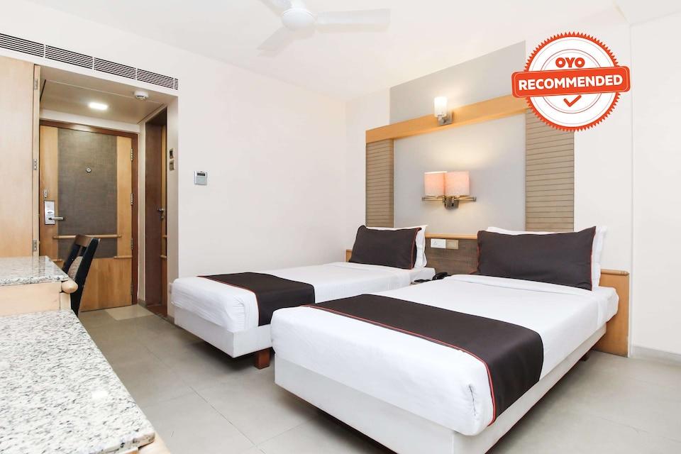 Collection O 76705 Deccan 8 Hotel