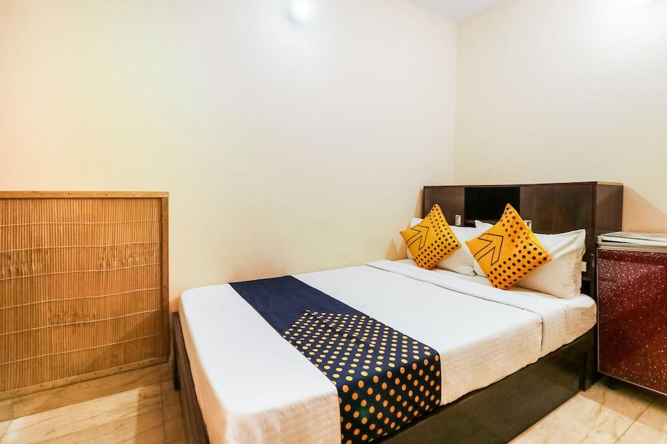SPOT ON 76719 Best Stay, Rajouri Garden Delhi, Delhi
