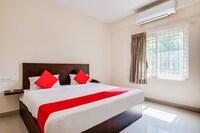 OYO 76752 Goverdhan Rooms