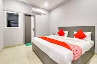 OYO 76766 Hotel Dream Palace