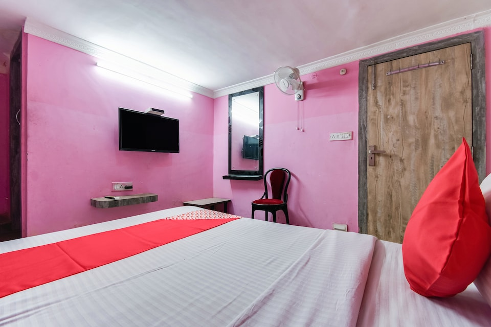 OYO 76795 A One Guest House