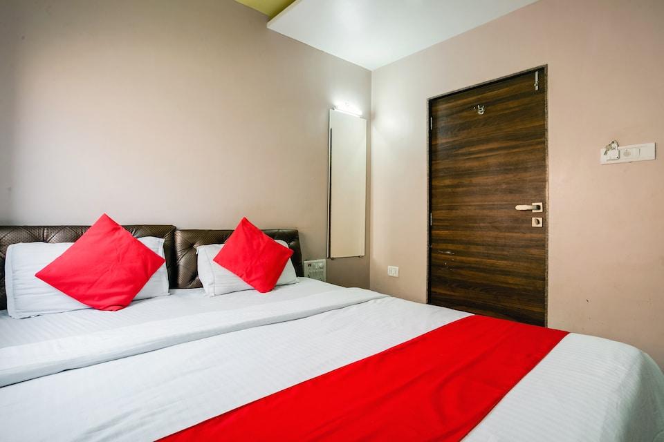 OYO 76818 Star Residency, Mumbai International Airport, Mumbai