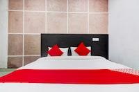 OYO 76841 Hotel Happy Stay