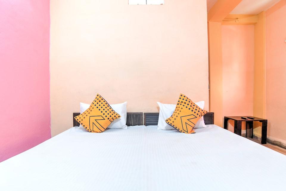 SPOT ON 76854 Hotel Punjab