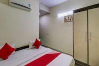 OYO Flagship 76903 RS Hotels