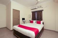 OYO Flagship 76906 Damodar Inn