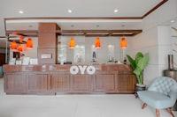 OYO 719 Fuente Oro Business Suites