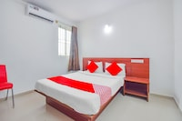 OYO 76924 Shree Durga Residency