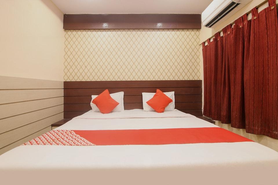 OYO 76930 Hotel Aloka, Firayalal, Ranchi