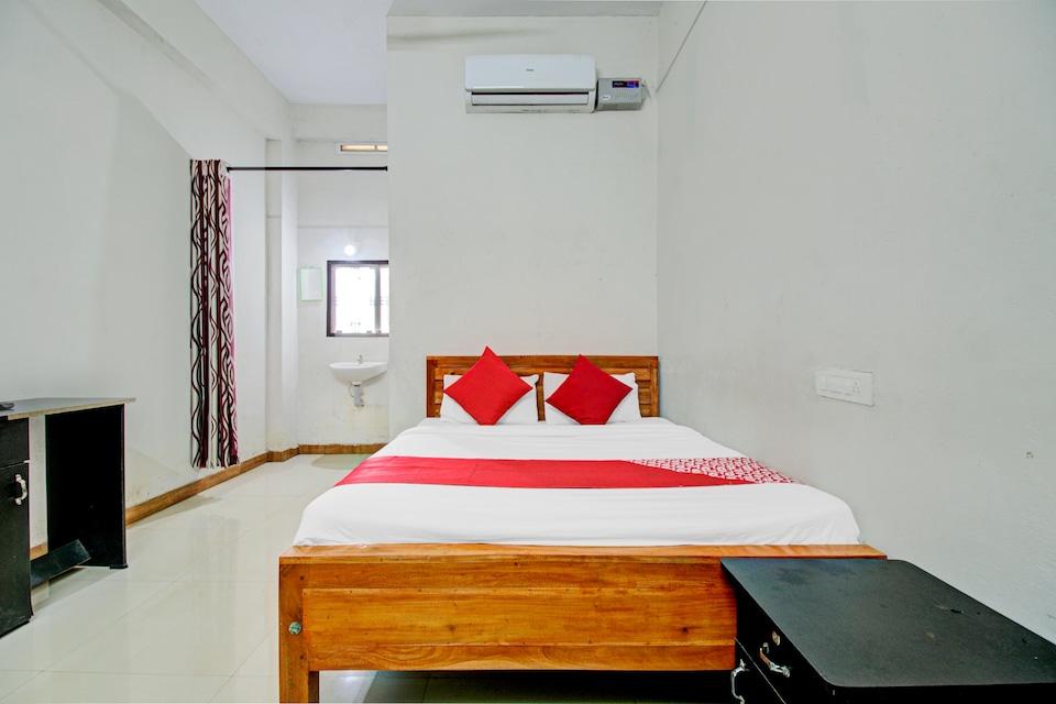 OYO 76956 Eden Tourist Home, Calicut City-II, Calicut