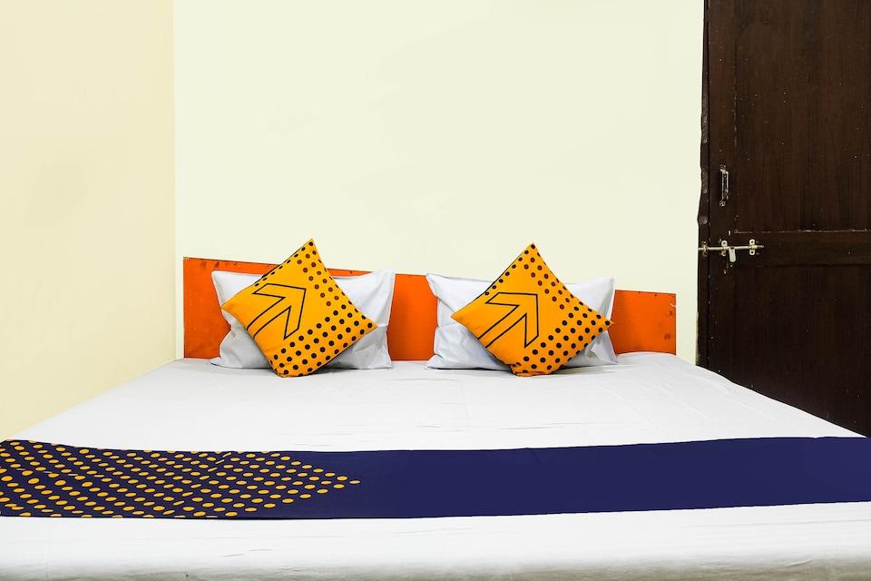 SPOT ON 76977 Hotel Bhopal Palace