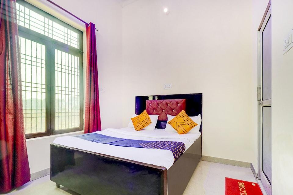 SPOT ON 76978 Hotel moon, Ghaziabad City, Ghaziabad