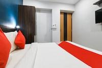OYO 77003 Hotel Shine