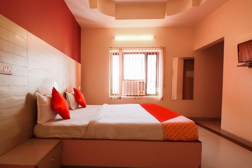 OYO Flagship 77035 Hotel Samar Palace