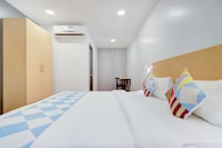 OYO HOME 77039 Hotel Parivar Comfort Luxury rooms
