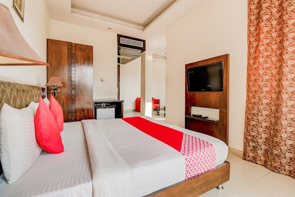 OYO GRG2153 Smart Inn, Cyber City, Gurgaon