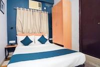 Silverkey Executive Stays 77071 Giriraj Stayhub Near VIP Bazaar Naskarhaat