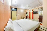 OYO 77092 Royal Homes Inn