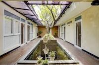 OYO 90140 Nginep Yuuk Guest House