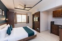 SilverKey Executive Stays 77177 Chikitsak Nagar
