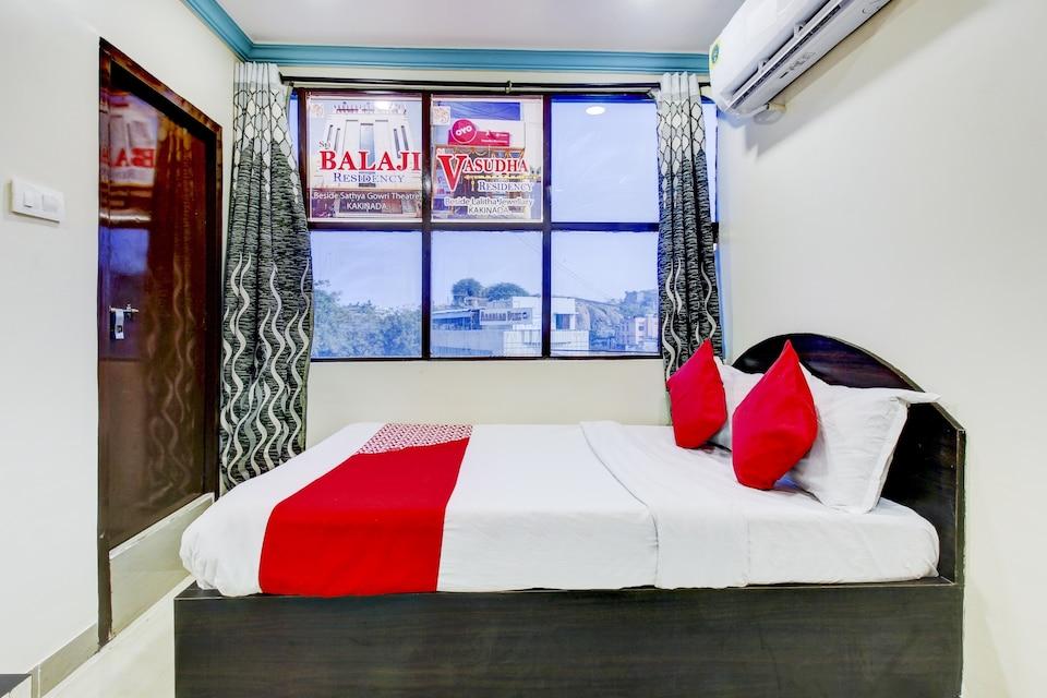 OYO 77180 Sri Vasudha Residency