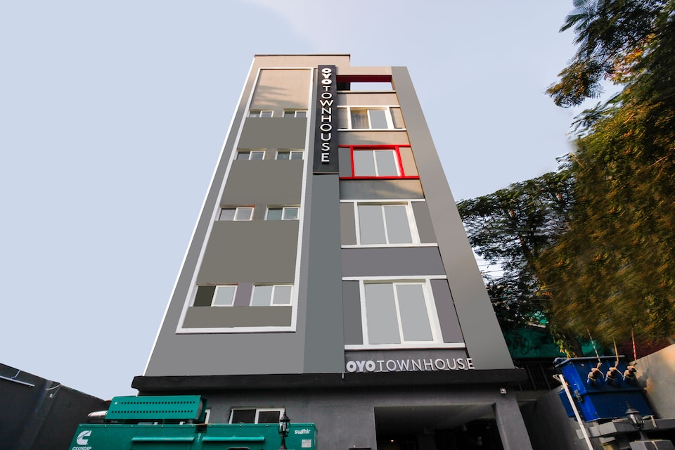 OYO Townhouse 265 Begumpet