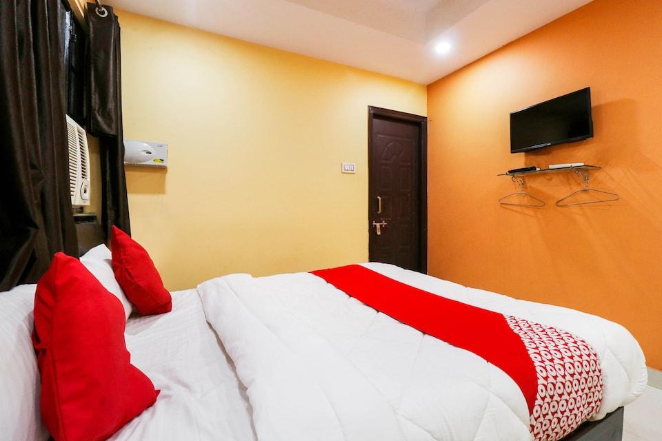 OYO 77221 Hotel Rama