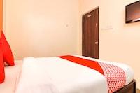 OYO 77226 Hotel New Ss Inn