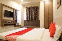 OYO 77228 Hgc Comfort Room's