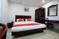 Collection O 77260 Swagath Residency
