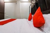 OYO 77286 Shridhar Service Apartment