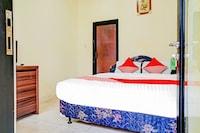 OYO 90166 Marsya Prima Syariah Hotel