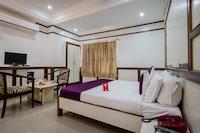 OYO 983 Hotel Surya Residency