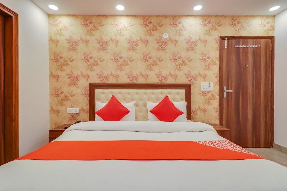 OYO FAR304 Hotel Sonakshi, Faridabad, Faridabad