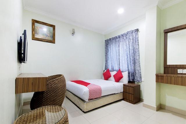 OYO 211 Hotel Pritty