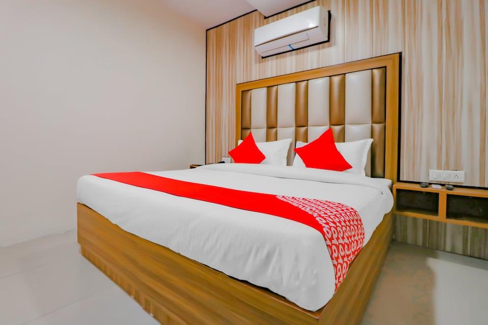 OYO JAL138 Hotel White Western, Jyoti Chowk Jalandhar, Jalandhar