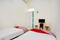 OYO 90173 Innapp Tenggilis Family Residence