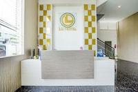 OYO Capital O 90176 LG Hotel Jember