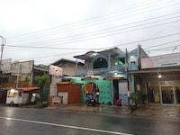 OYO 90179 Sybilla Cafe & Homestay