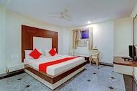 OYO 77436 Mahalaxmi Park Hotel