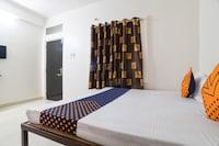 SPOT ON 77452 Hotel Love
