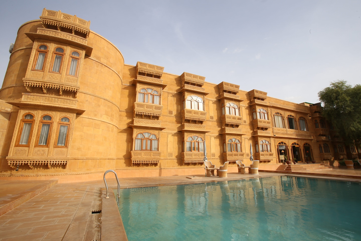 OYO 985 Hotel Golden Haveli -1
