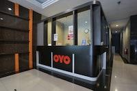 OYO 90157 One World Hotel